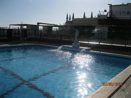 Pool Picture Of Emperador Hotel Madrid Madrid Tripadvisor