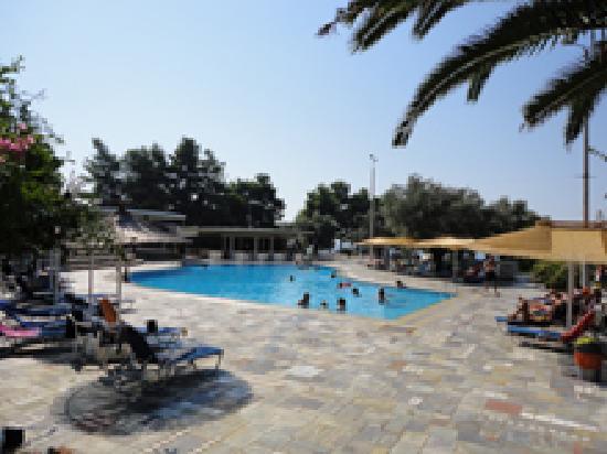 Holidays In Evia & Eretria Village Hotels: Piscine d'eau de mer