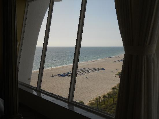 Grand Plaza Beachfront Resort Hotel & Conference Center: penhouse 3 view