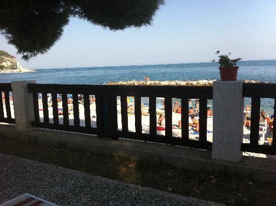 La Rotonda Hotel : Veduta dalla piscina