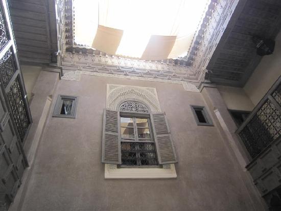 Riad Dar One: courtyard 1