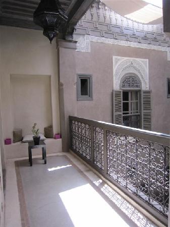 Riad Dar One: courtyard 2