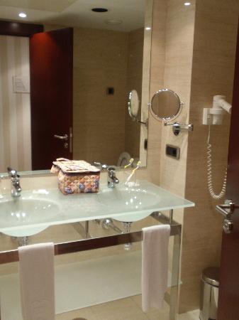 Hotel Zenit Lleida: Bagno