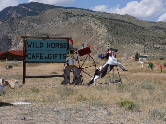 Wild Horse Cafe : Roadside Sign