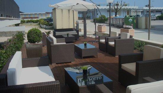 Beach Hotel Apollo : il giardino