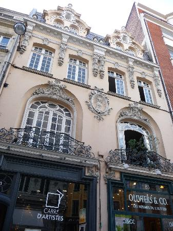 Hotel balladins Lille: more old buildings in Lille