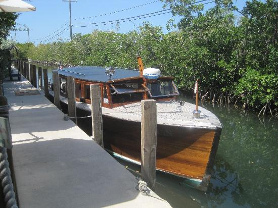 Little Palm Key island Boat that takes you island for lunch or ...