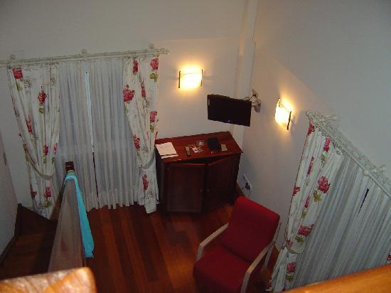 Hotel Atalaia : Otro rincón de la habitación