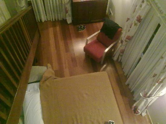 Hotel Atalaia : Sofá- cama enorma para el peque