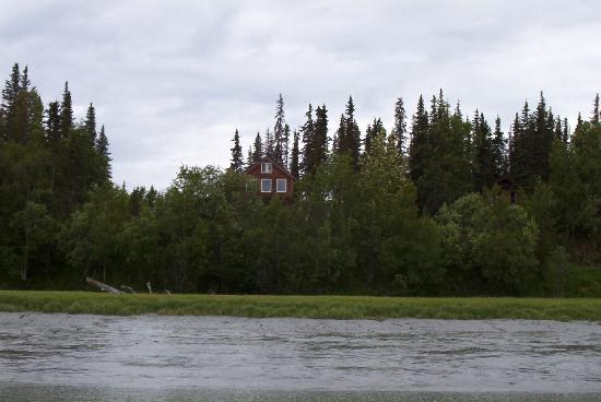 Kasilof River Lodge & Cabins: When you get off the river you're home!