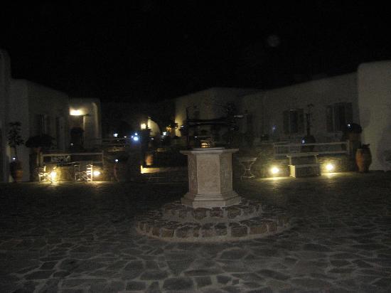 Eleni's Village Suites: Outside