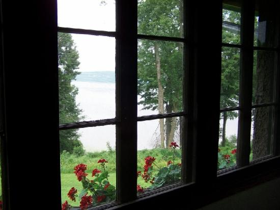 Four Mounds Inn B&B: View from the upstairs