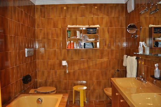 Residence Apartments Risaccia: Bagno foto 1