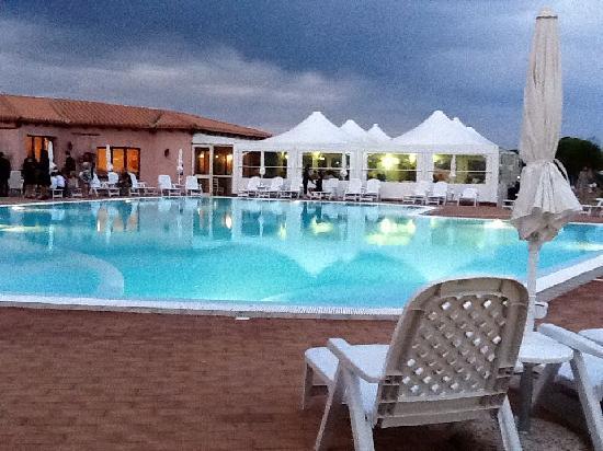 Hotel Borgo dei Pescatori : La piscina del Borgo dei Pescatori