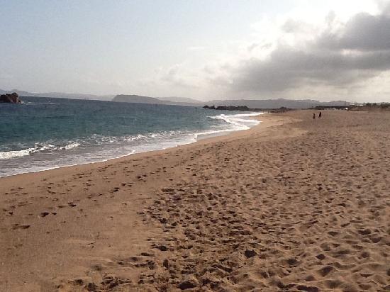 Hotel Borgo dei Pescatori : Spiaggia di Aglientu
