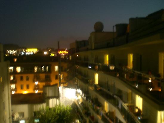 Hotel Don Juan Center: di notte
