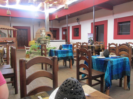 LOS NARANJOS : Outdoor feel, but with a roof...very useful during the rainy season!
