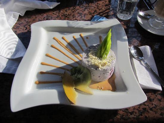 Hotel Orly: Dessert