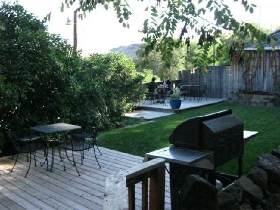 River Run Lodge: Courtyard
