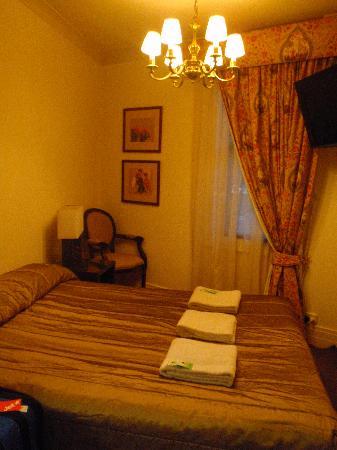 Royal Exhibition Hotel