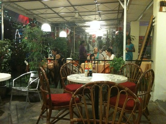 Guan Guan Cafe
