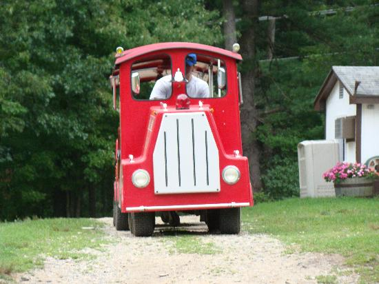 Seabrook, NH: Little Kiddie Train (Adults welcomed)