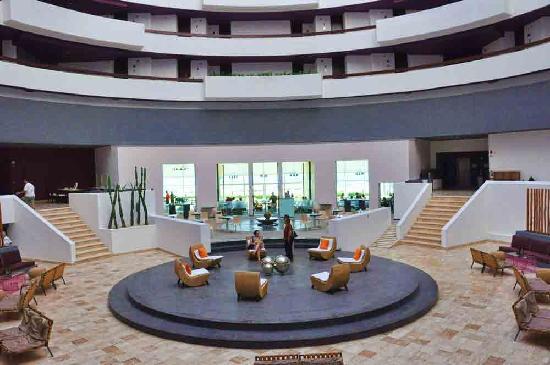 โรงแรมไฮแอทรีเจนซี่แคนคัน: Hall