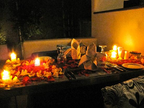 Kiss Bali: the candlelight dinner :)
