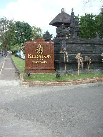 Keraton Jimbaran Beach Resort: Door sign