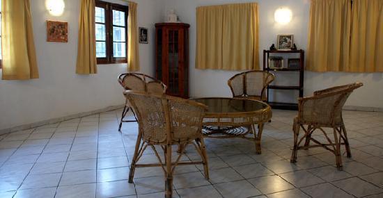 Cover Point Villa: Living Room