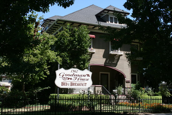 Chico, CA: The Goodman House