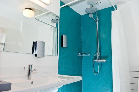 Ludvika, Sweden: Superior Room - Bathroom