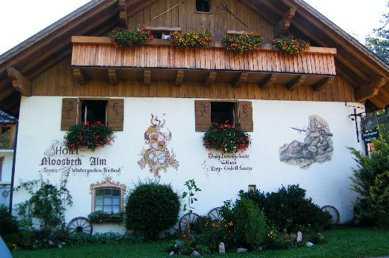 Landhotel Moosbeck-Alm: lato strada