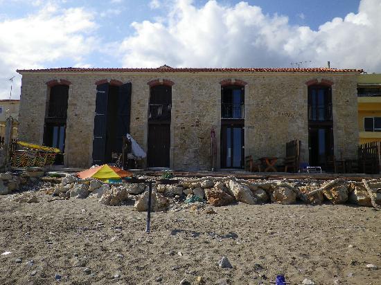 Creta Seafront Suites: maison vue de la plage