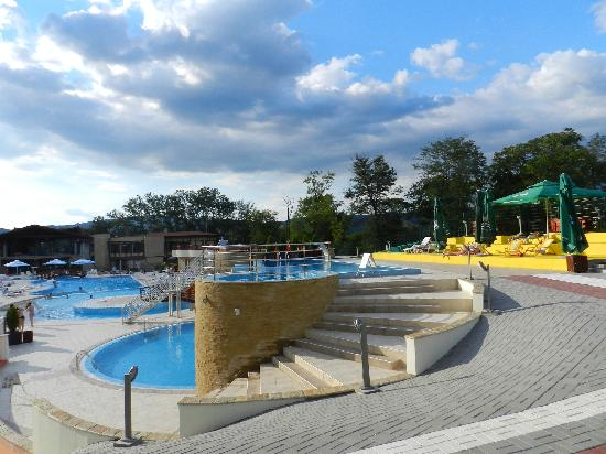 Veliko Gradiste, Serbia: Pools in new hotel