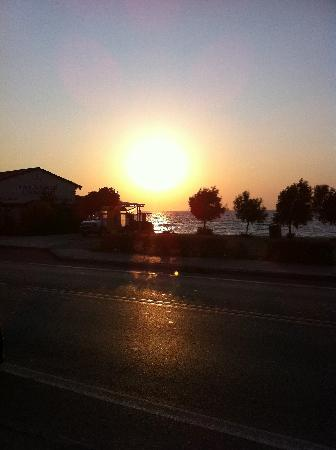 Belair Beach Hotel: Sunset as we are walking back from Rodos Gardens