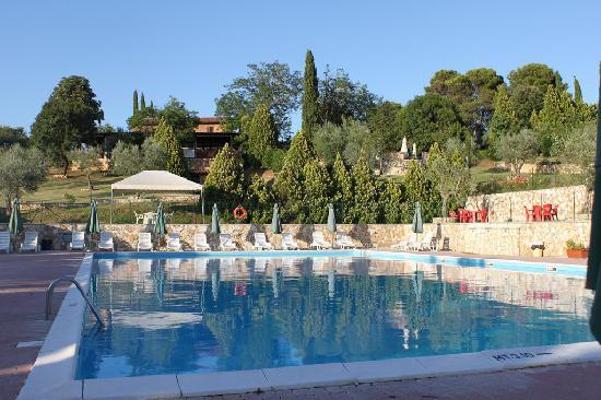 Fonte Ciuffa ai Tre Colli: La piscina