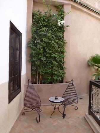 Riad Ghemza: Balconcino Camera Haina
