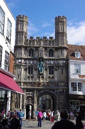 Canterbury Cathedral: Gateway
