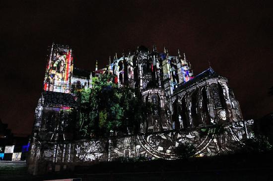 La Nuit des Chimeres: Impressive
