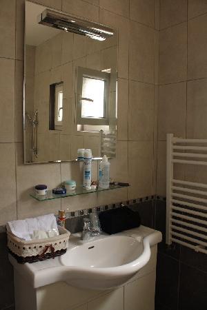 Equinoxe Hotel: Salle de bains
