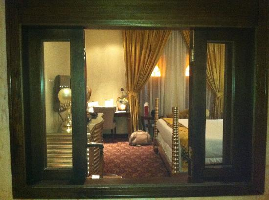 Souq Waqif Boutique Hotels: bed room