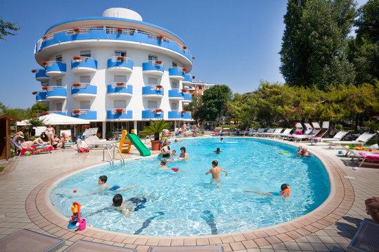 Bagno In Piscina Bild Von Hotel Playa Blanca Duna Verde