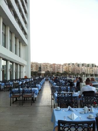 Korumar Hotel: Terraza restaurante del Hotel Korumar