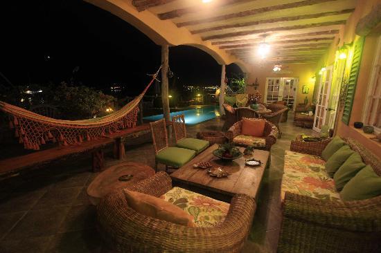 Casa La Iguana: lights on