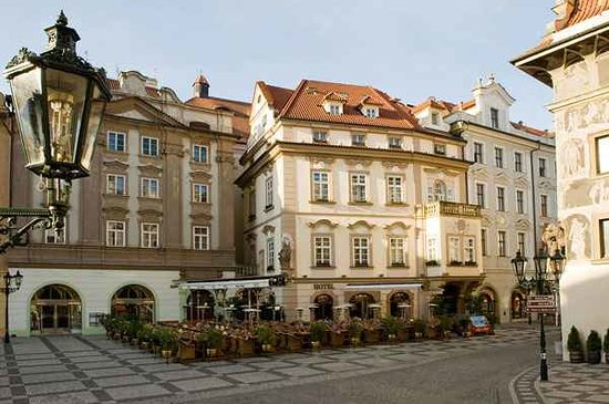 Hotel u prince 145 2 0 4 updated 2018 prices for Hotel reservation in prague