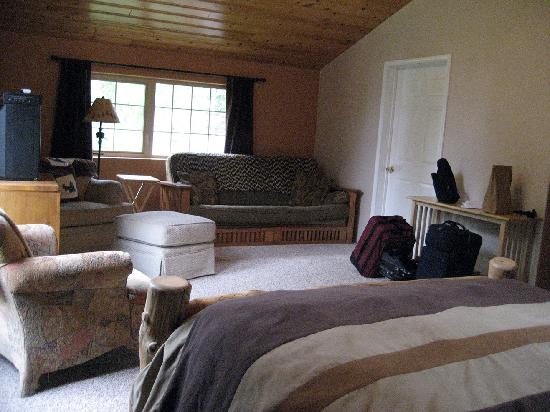 Meandering Moose Lodging: Master Suite view 1