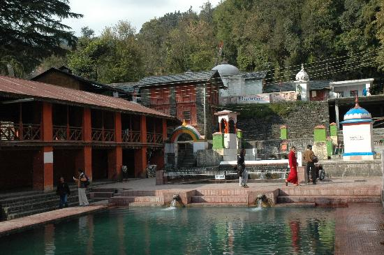 Bhagsunag temple picture of spring valley resort mcleod ganj spring valley resort bhagsunag temple thecheapjerseys Images