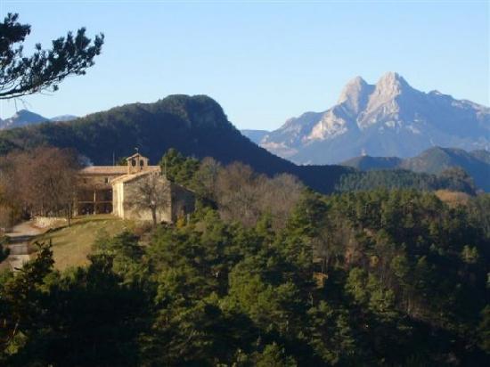 Hostal Rural Falgars : Hotel Falgars y Pedraforca