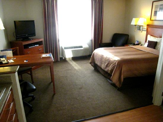 Candlewood Suites Oak Harbor: Bedroom